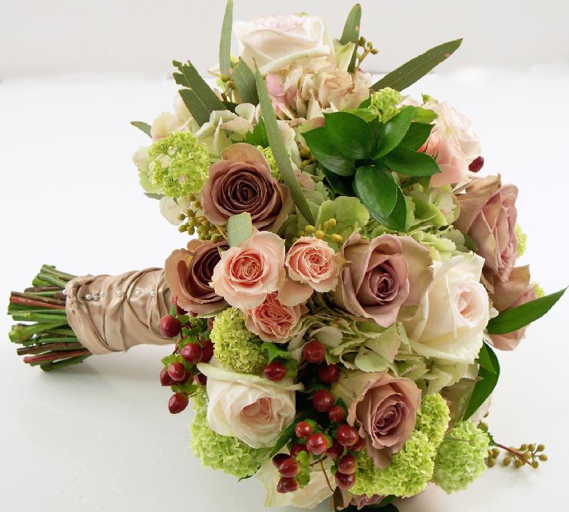 Amnesia rose bridal lavender taupe