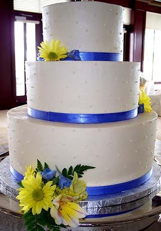 Yellow cake flowers