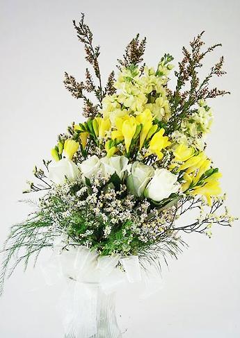 yellow freesia bridal bouquet mix