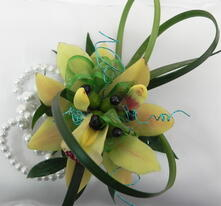Orchid Prom Corsage Avon, IN